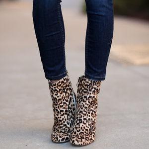 39305a44599d Sam Edelman Shoes - NWT Sam Edelman Corra Leopard Booties